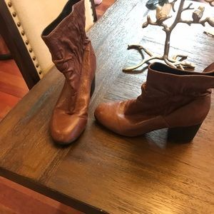 Adam tucker leather shoes size 8.5